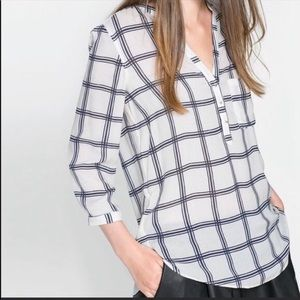 ✨HOST PICK✨Zara basic white windowpane blouse